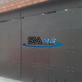 Portones y puertas industriales